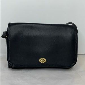 Vintage Ridgefield Cross Body Black/Gold Leather